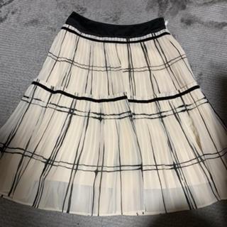 トゥービーシック(TO BE CHIC)のTO BE CHIC スカート 38(ひざ丈スカート)