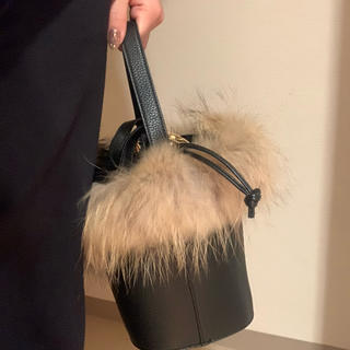 ユナイテッドアローズ(UNITED ARROWS)のファー付きバッグ(ショルダーバッグ)