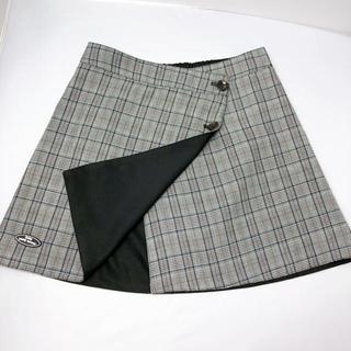 アベイル(Avail)のアベイル 台形 リバーシブル チェックスカート(ミニスカート)