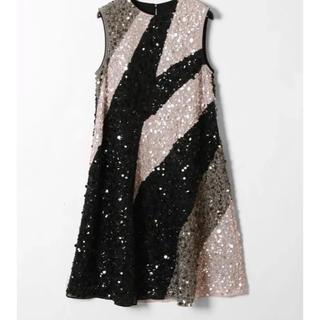 グレースコンチネンタル(GRACE CONTINENTAL)のグレースコンチネンタル 配色 スパンコール ドレス(ひざ丈スカート)