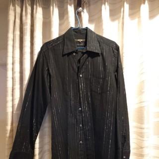 コムサメン(COMME CA MEN)のコムサメン ストライプ入り黒シャツ(シャツ)