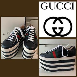 グッチ(Gucci)のGUCCI ブラックレザー スニーカー(スニーカー)