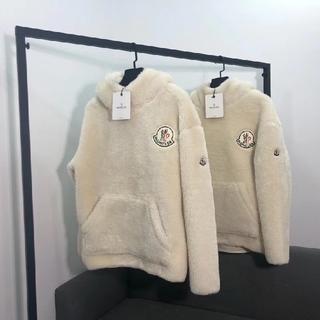 MONCLER - モンクレール 暖かい パーカ