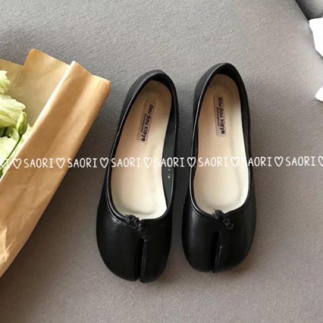 【新品未使用】足袋パンプス ブラック★ Maison Margiela風 レディースの靴/シューズ(ハイヒール/パンプス)の商品写真