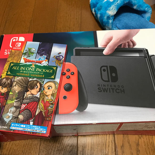 Nintendo Switch - 任天堂switchとドラクエのダウンロード版