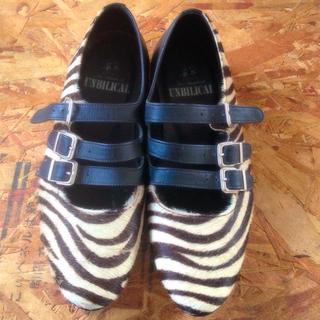 アンビリカル(UNBILICAL)のANBILICAL三連ベルトシューズ(ローファー/革靴)