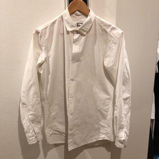 ザノースフェイス(THE NORTH FACE)の定価14300円!ノースフェイス シャツ 白 Mサイズ(シャツ)