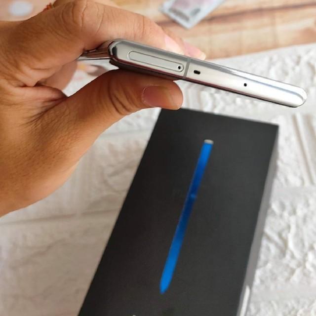 SAMSUNG(サムスン)のSamsung Galaxy Note 10+ 256GB Fullbox スマホ/家電/カメラのスマートフォン/携帯電話(スマートフォン本体)の商品写真
