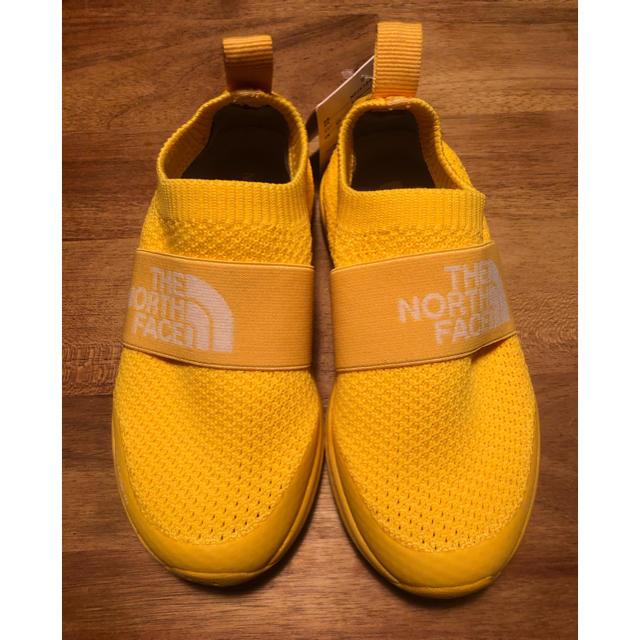 THE NORTH FACE(ザノースフェイス)のTHE NORTH FACE 17cm キッズ/ベビー/マタニティのキッズ靴/シューズ (15cm~)(スニーカー)の商品写真
