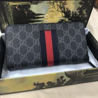 Gucci - GUCCI  新作 長財布 美品