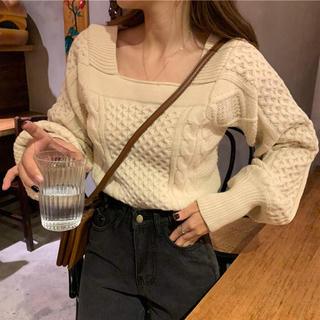 ゴゴシング(GOGOSING)の【予約販売】バルーン袖スクエアネックニット❤︎ベージュ(ニット/セーター)