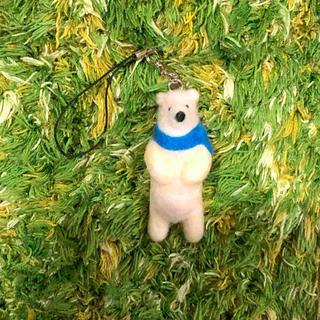 羊毛フェルト クマ ストラップ