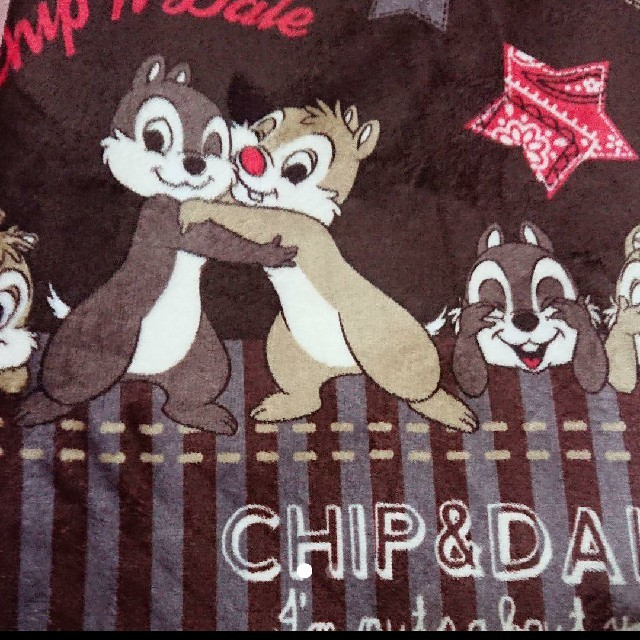 Disney(ディズニー)のチップ&デール センターラグ  インテリア/住まい/日用品のラグ/カーペット/マット(ラグ)の商品写真