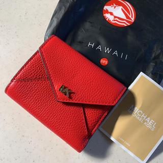Michael Kors - ☆新品☆ ハワイ 空港免税店購入 マイケルコースの折財布 赤