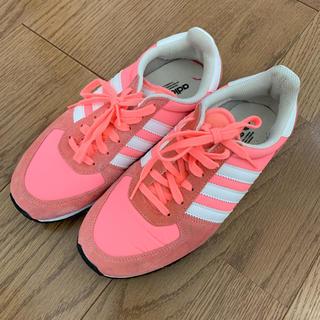 アディダス(adidas)のadidasスニーカー  ピンク(スニーカー)