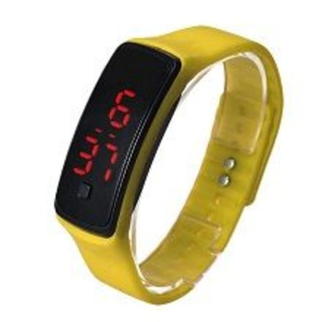 イエロー超軽量 シリコンバンド デジタルウォッチ LED表示腕時計 男女兼用の通販