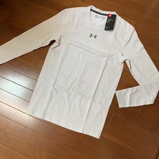 アンダーアーマー(UNDER ARMOUR)の新品 アンダーアーマー ゴールドギア コンプレッション  長袖Tシャツ 白9-2(Tシャツ/カットソー(七分/長袖))