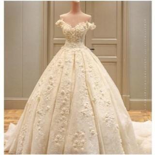 美品! ウエディングドレス オフショルダー 花柄のモチーフ刺繍が美しく