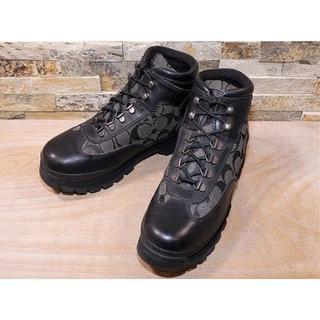 コーチ(COACH)のコーチ シグネチャー柄 マウンテンブーツ 黒 2525,5cm(ブーツ)