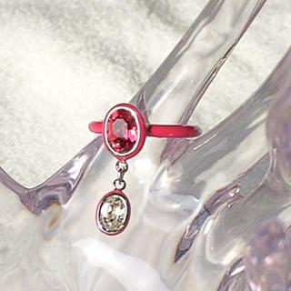 スワロフスキー(SWAROVSKI)の超美品スワロフスキー指輪(リング(指輪))