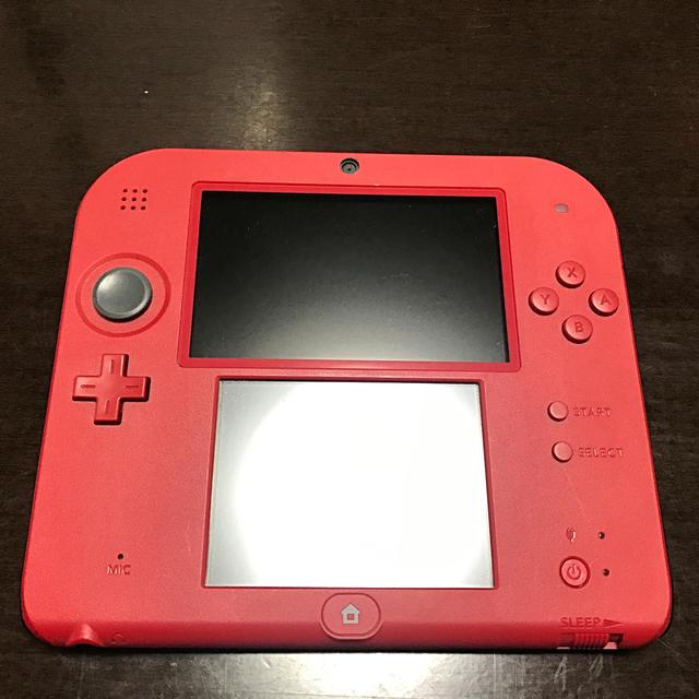 ニンテンドー2DS(ニンテンドー2DS)のニンテンドー2DS レッド おまけ付 エンタメ/ホビーのゲームソフト/ゲーム機本体(携帯用ゲームソフト)の商品写真