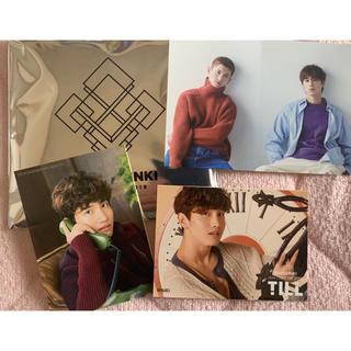 東方神起 XVステッカー 3枚セット(K-POP/アジア)