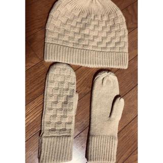 ユニクロ(UNIQLO)のニット帽とグローブのセット(手袋)