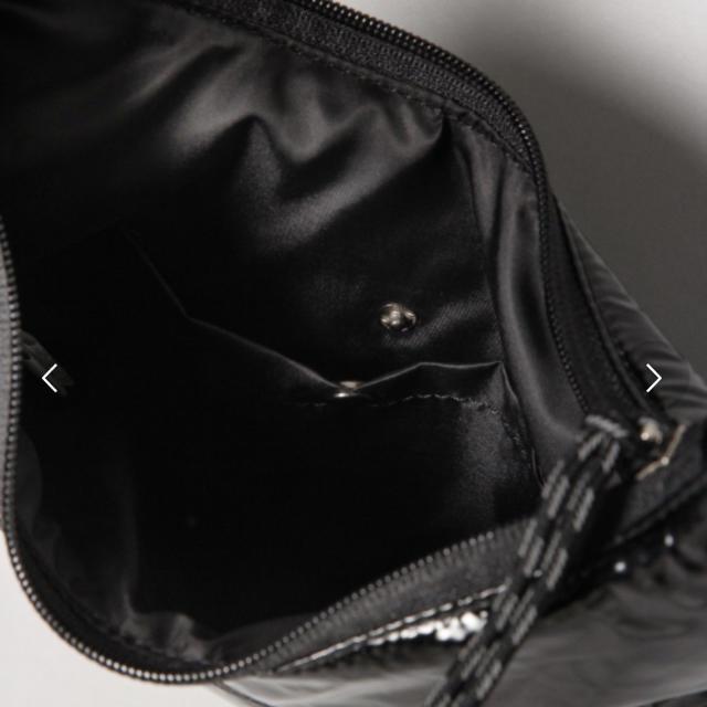 JEANASIS(ジーナシス)の【新品未使用】JEANASIS ボンディングミニサコッシュ ショルダーバッグ レディースのバッグ(ショルダーバッグ)の商品写真