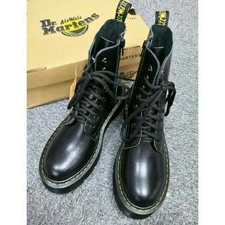 Dr.Martens - UK4 Dr. Martensドクターマーチン 厚底ブーツ 革靴 8ホール