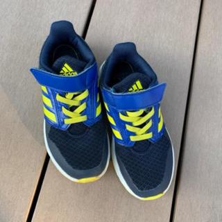 adidas - adidas kidsスニーカー 18㎝