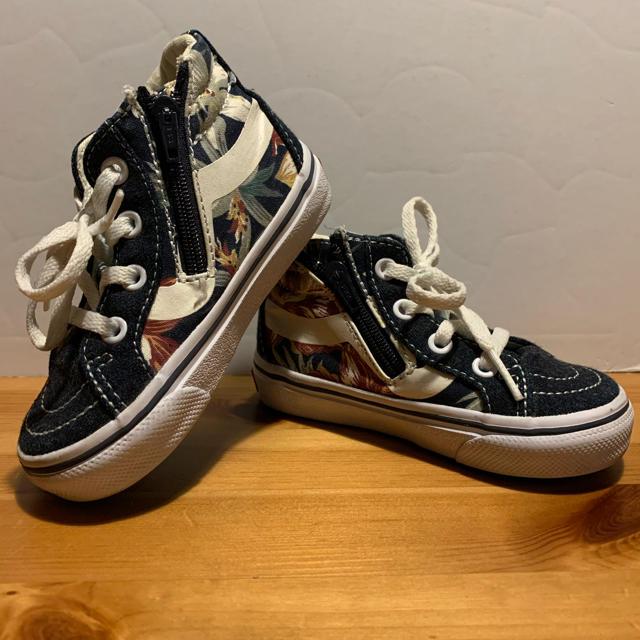 VANS(ヴァンズ)の早い者勝ち!vans ヴァンズ スニーカー 子供 14センチ 花柄 おしゃれ キッズ/ベビー/マタニティのベビー靴/シューズ(~14cm)(スニーカー)の商品写真