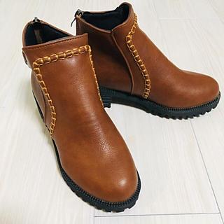 ショートブーツ 太ヒール(ブーツ)