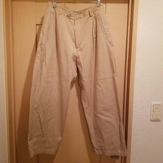 ジーユー(GU)のGU ジーユー ベージュ パンツ XL(カジュアルパンツ)