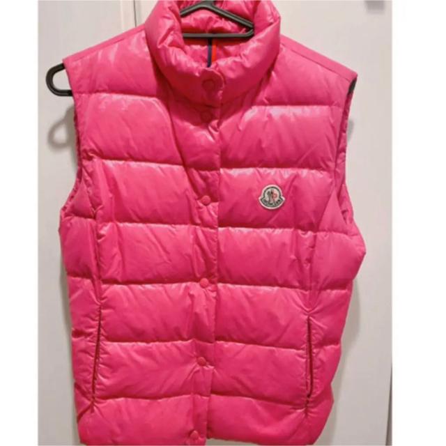 MONCLER(モンクレール)のモンクレール ダウンベスト ピンク サイズ0 レディースのジャケット/アウター(ダウンベスト)の商品写真
