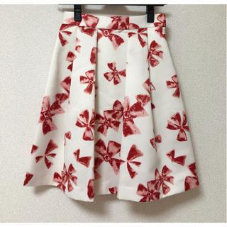 スウィングル(Swingle)のリボン フレアスカート 赤 swingle スウィングル(ひざ丈スカート)