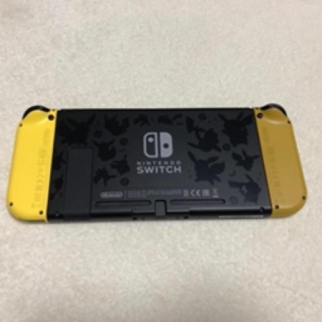 Nintendo Switch(ニンテンドースイッチ)の任天堂スイッチ ポケットモンスターLet'sGoピカチュウ 限定版 エンタメ/ホビーのゲームソフト/ゲーム機本体(家庭用ゲーム機本体)の商品写真
