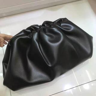 Bottega Veneta - Bottega Vennta 19ss The Pouch  ブラック