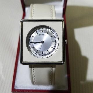 Furla - FURLA クリーム色ベルト レディース 腕時計