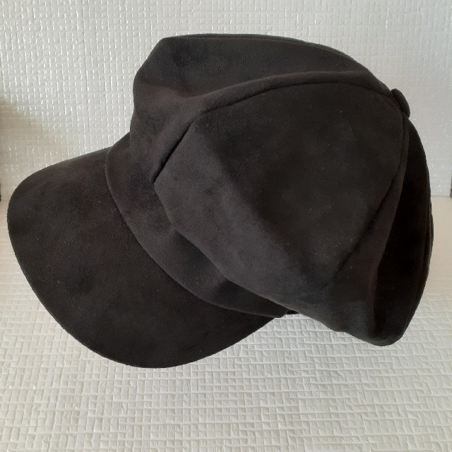 WEGO(ウィゴー)の最終値下げ ESTMOVE 韓国 ブラック キャスケット ベロア 生地 冬 レディースの帽子(キャスケット)の商品写真