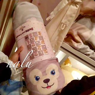 Disney - 上海ディズニー♡新作✨ダッフィー&シェリーメイブランケット