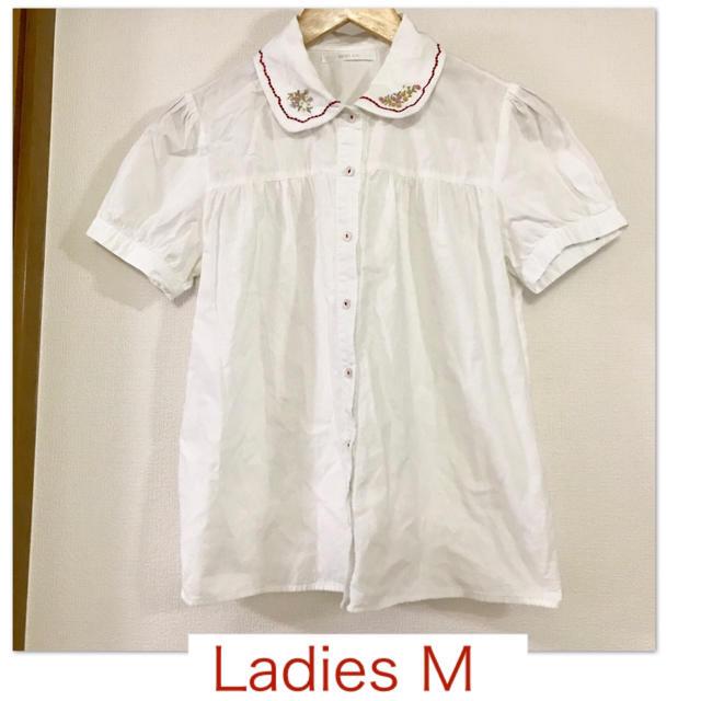 RETRO GIRL(レトロガール)の【RETRO GIRL/レトロガール】白の半袖刺繍ブラウスM レディースのトップス(シャツ/ブラウス(半袖/袖なし))の商品写真