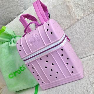 crocs - 【値下げ!】新品!クロックス リュックサック▪️軽量ピンク