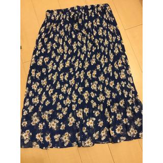 リュリュ(RyuRyu)のRyuRyu 花柄スカート(ひざ丈スカート)