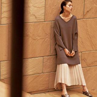 Mila Owen - ❤️完売品❤️ ミラオーウェン サイドロングヘムプリーツスカート 白 白色 ♡