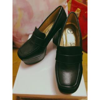 ヨースケ(YOSUKE)の YOSUKE(ヨースケ)厚底プラットフォームパンプス (ローファー/革靴)