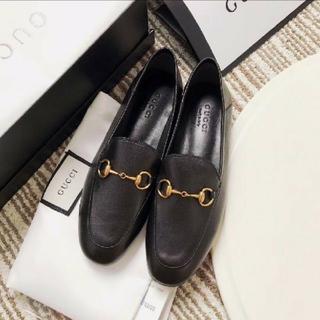 グッチ ローファー(ローファー/革靴)