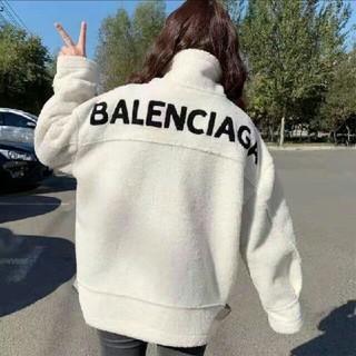 バレンシアガ(Balenciaga)の今年流行バレンシアガ ロングパーカー アウターボアフリース(パーカー)