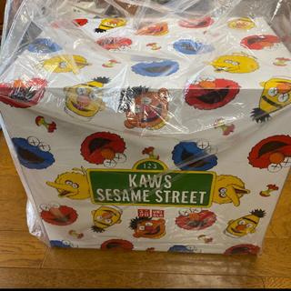 SESAME STREET - セサミストリート ユニクロ ボックス カウズ コンプリート 新品