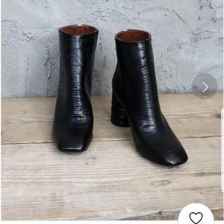トゥデイフル(TODAYFUL)の定価46,200円 TODAYFUL ブラック クロコダイル ショート ブーツ(ブーツ)