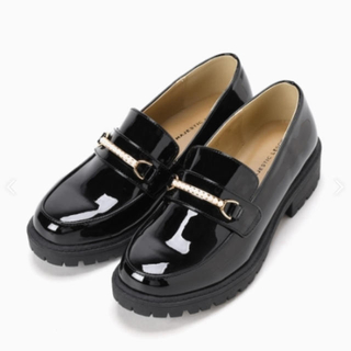 マジェスティックレゴン(MAJESTIC LEGON)のパールパールシューズ(ローファー/革靴)